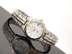 Seiko Solar SUT044P1 SUT044 SUT044P Ladies Watch Two Tone